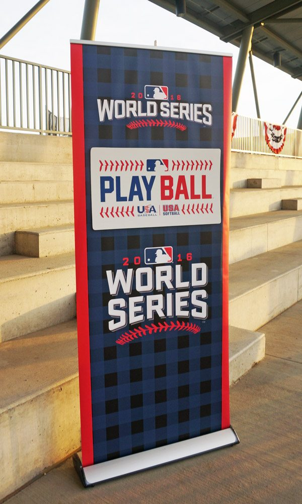 Retractable MLB Banner Stand