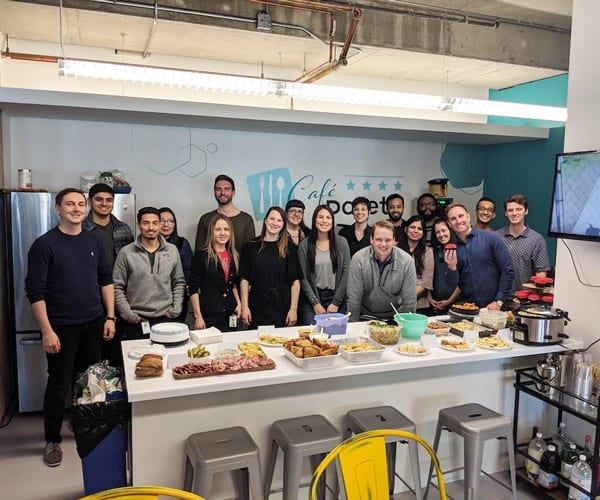 Pareto Team With Kitchen Wall Graphics