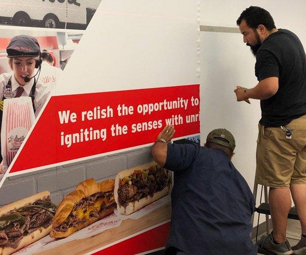 Cushing Installs Wall Graphics at Portillo's